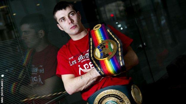 Boxer Lee McAllister