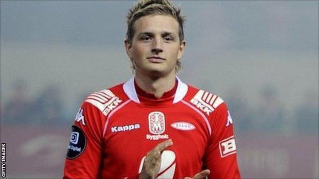 Norwegian striker Erik Huseklepp