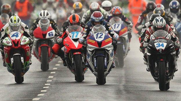 Supersport riders push hard for quick start at last year's North West 200