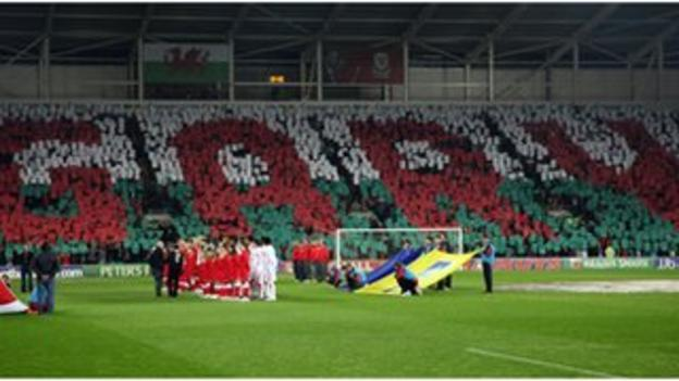 Wales fans honour the late Gary Speed before the friendly with Costa Rica in Cardiff