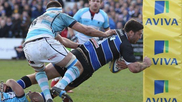 Matt Banahan crosses the whitewash against Worcester