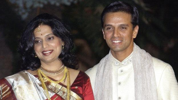 Rahul Dravid and Vijeta Pendharkar at their wedding