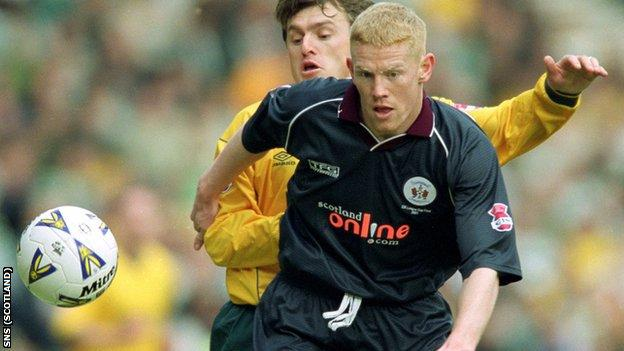 Gary Holt in action for Kilmarnock during the 2001 League Cup final