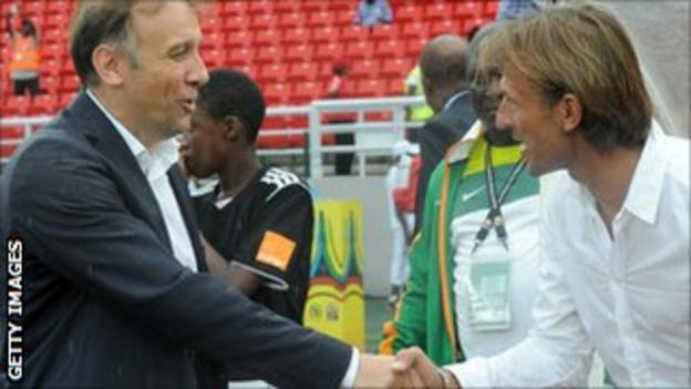 Ghana coach Goran Stevanovic (left) and Zambia coach Herve Renard