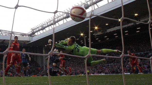 Stewart Downing scores Liverpool's second goal