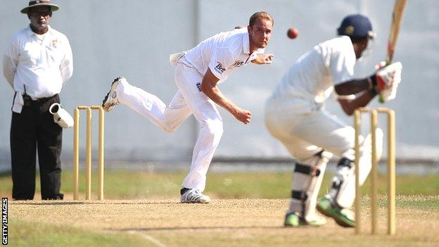 Stuart Broad bowls against a Sri Lankan Development XI
