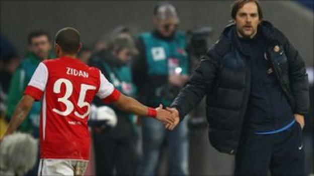 Zidan receives the approval of coach Thomas Tuchel after leaving the field following his goalscoring display in the 1-1 draw against Hoffenheim