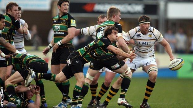 Saints keep up their play-off challenge with a good win over Wasps