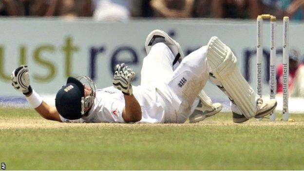 Jonathan Trott was dismissed in bizarre fashion as England collapsed on day two in Galle