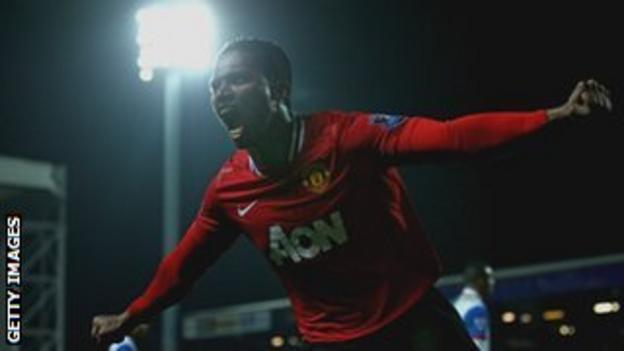Antonio Valencia celebrates his late goal at Blackburn