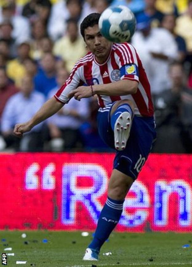 Salvador Cabañas in action for Paraguay in the friendly against his former side Club America last year