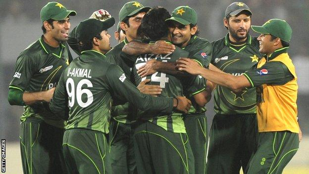 Pakistan to play Bangladesh in Lahore