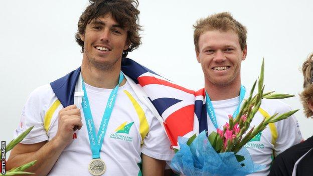 Nathan Outteridge (right)
