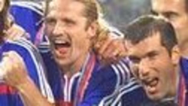 Emmanuel Petit (left) and Zinedine Zidane