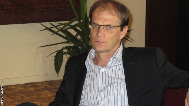 Cameroon coach Denis Lavagne