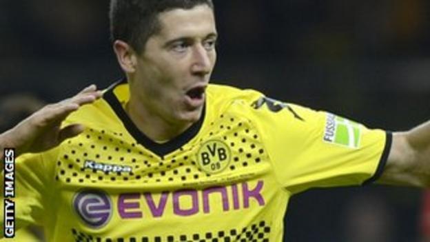 Robert Lewandowski in action for club side Borussia Dortmund