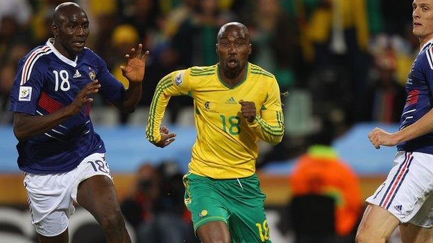 Siyabonga Nomvethe in action against France at the 2010 World Cup