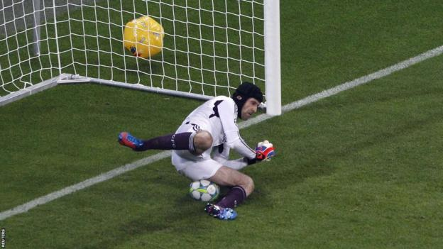 Petr Cech saves the penalty