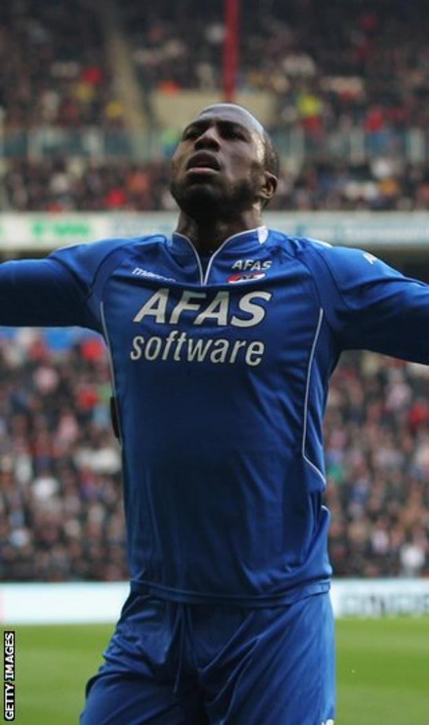 Altidore celebrates a goal for Alkmaar in the Europa League