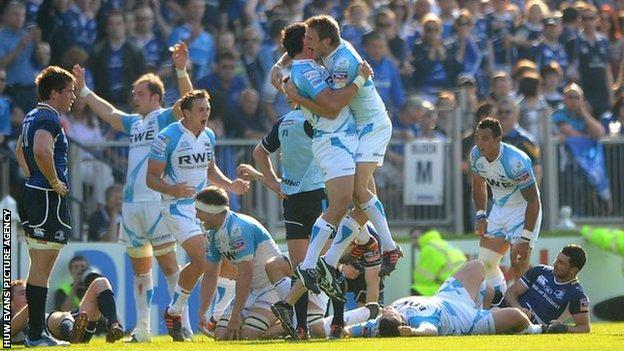 Ospreys celebrate after the final whistle