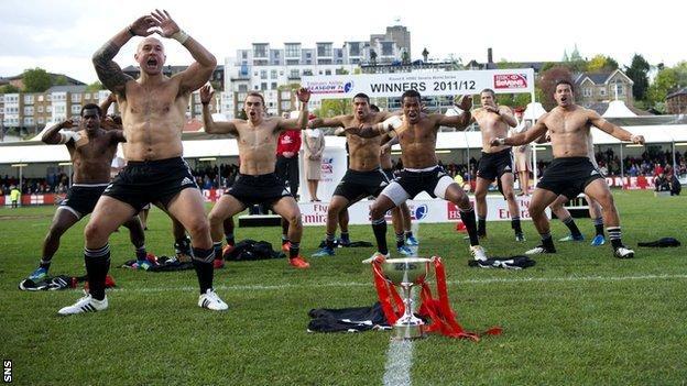 New Zealand celebrate winning in Glasgow