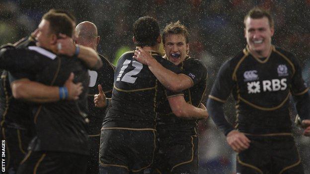 Scotland celebrate their 9-6 win over Australia