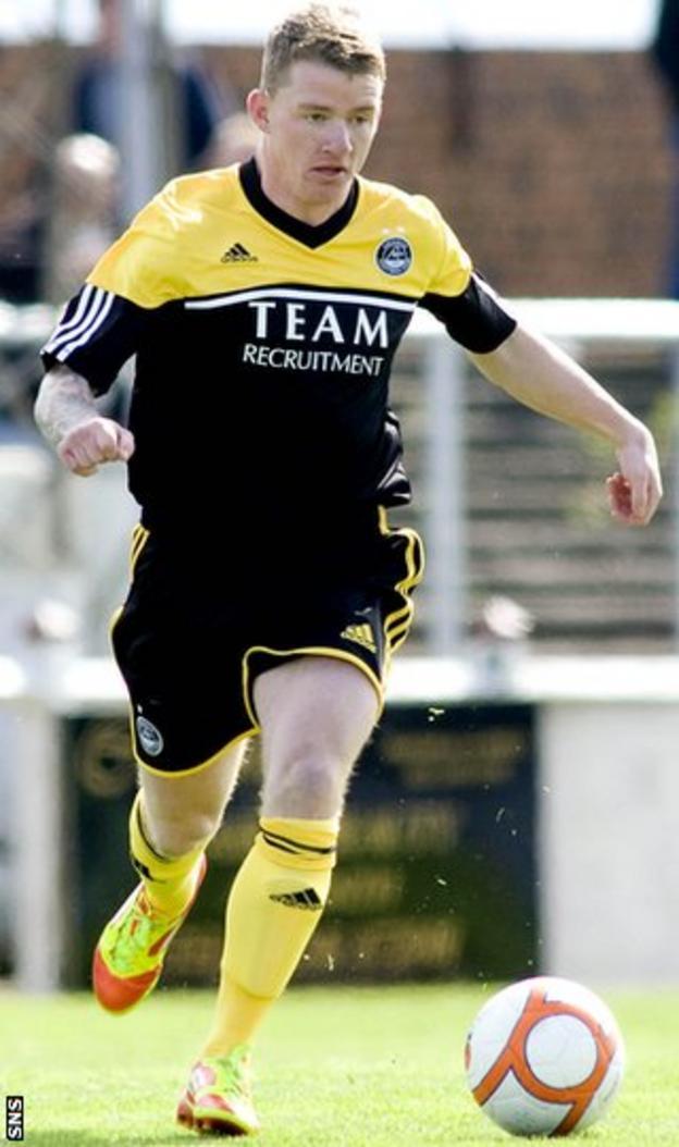 Jonny Hayes against Arbroath