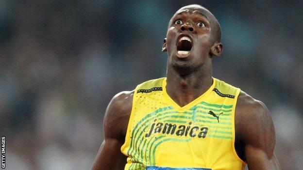 Usain Bolt wins 200m gold in Beijing
