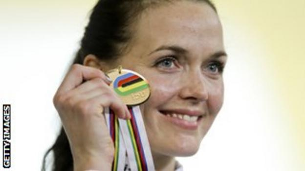 Victoria Pendleton with gold medal