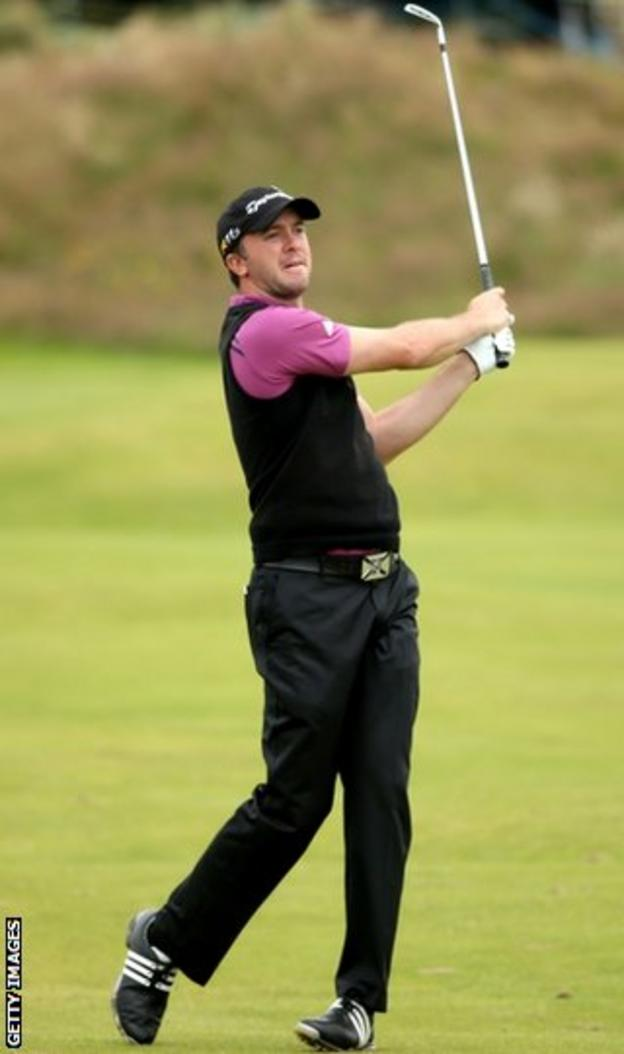 Laird joins compatriot Lawrie in the second round after beating the cut