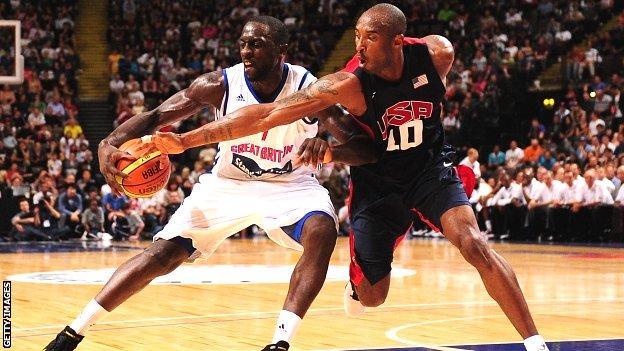 Pops Mensah-Bonsu and Kobe Bryant
