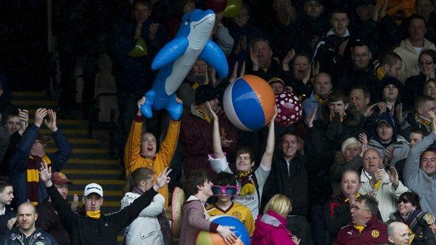 Motherwell fans