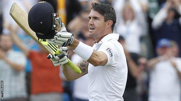 Kevin Pietersen celebrates his century
