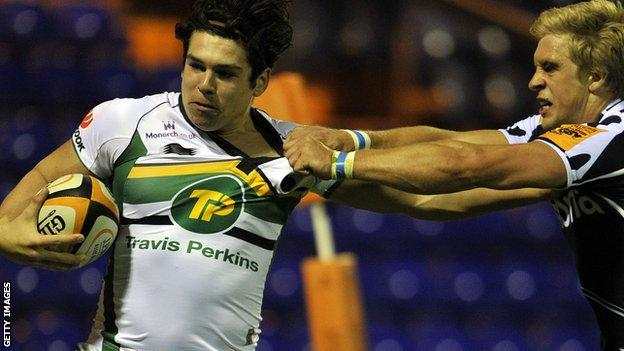 Alex Wootton playing against Sale Sharks in the Premiership Sevens