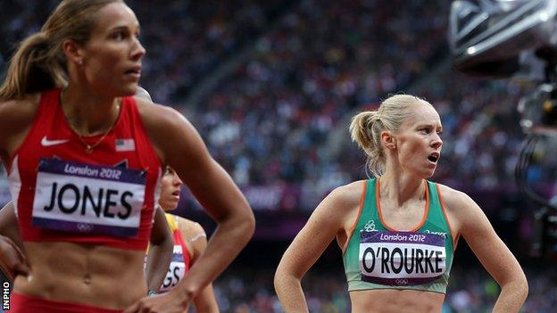 Derval O'Rourke (right) looks at the scoreboard with American Lolo Jones after Tuesday's semi-final