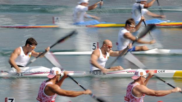 Men's kayak double (K2) 200m sprint heats