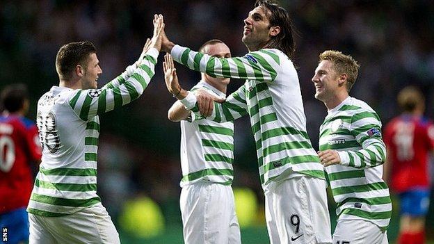 Celtic celebrate Gary Hooper's opening goal