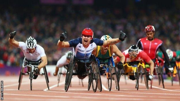 David Weir wins gold