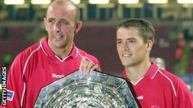 Gary McAllister (left) and Michael Owen