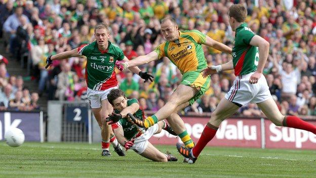 Colm McFadden shoots in Donegal's second goal against Mayo in the All-Ireland final