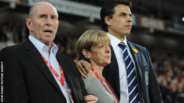 Roger and Carol Speed with Chris Coleman