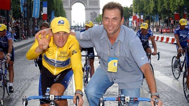 Lance Armstrong (left) and Johan Bruyneel (right)
