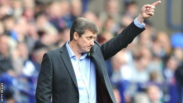 Bolton caretaker boss Jimmy Phillips