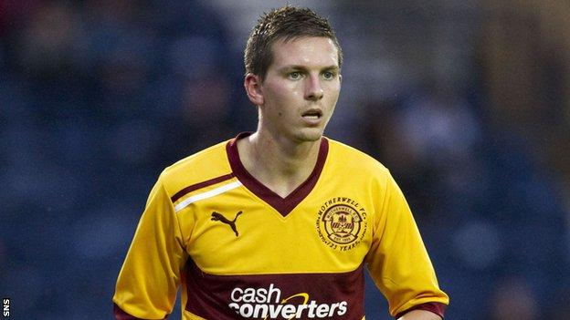 Saunders in action for Motherwell before his injury