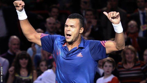 Jo-Wilfried Tsonga celebrates his first round win