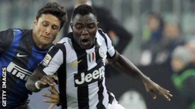 Kwadwo Asamoah (right)
