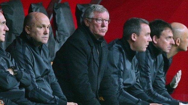 Manchester United manager Sir Alex Ferguson (centre)