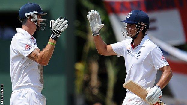 England batsmen Kevin Pietersen & Alastair Cook