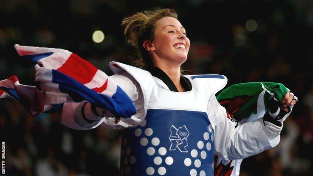 Jade Jones celebrates winning an Olympic gold medal at taekwondo