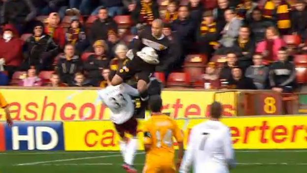 Darren Randolph clashes with Callum Paterson